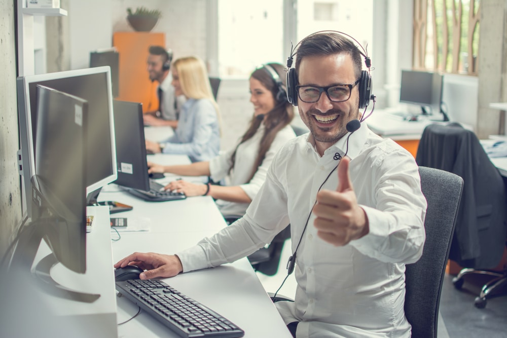 How much does it cost to outsource customer service?
